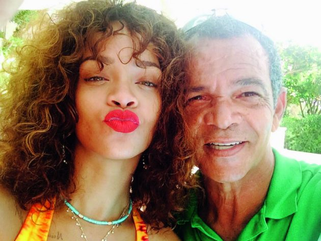 RIHANNA-AND-RON-840-630x473