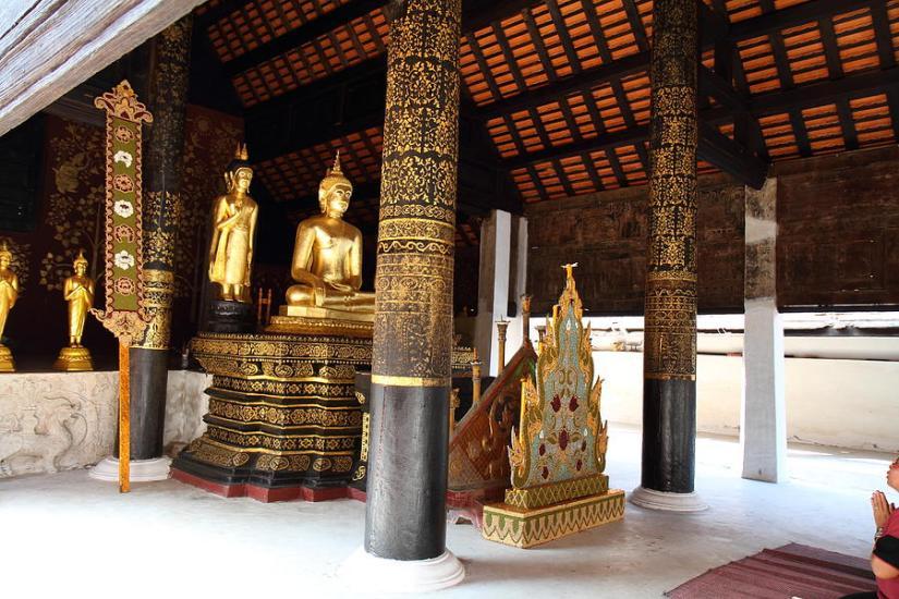 wat-phra-that-lampang-luang-lampang-thailand-011322-dc-photographer